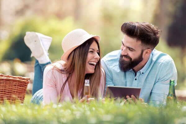 Wie Sie beim ersten Date einen super Eindruck hinterlassen